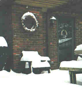 Deck and wreath in the snow